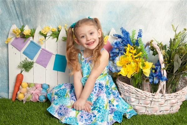 Get Information and buy tickets to Live Bunny Photos for kids! Spring Mini Session on Shooting Stars