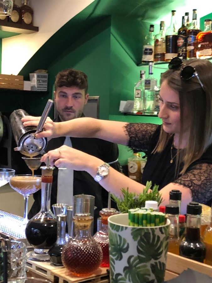 Get Information and buy tickets to Cocktail Class / Clase de Cóctel  on Jimmy's Exclusive Club and Bar