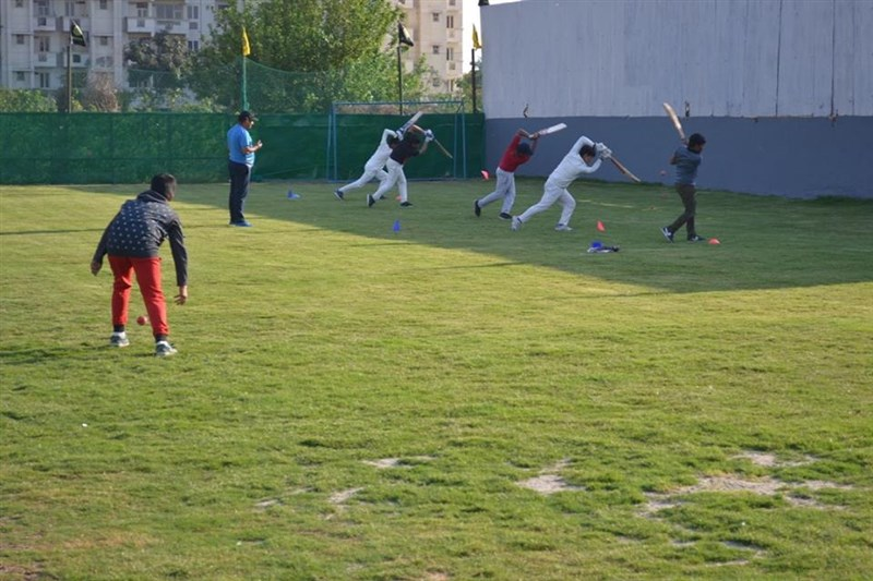 Get Information and buy tickets to Cricket Academy 3 days a week on DSS Academy