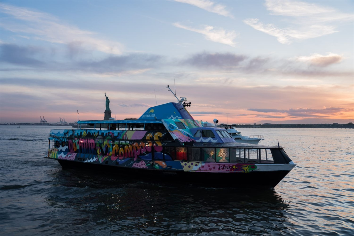 NYC Summer Sunset Cruise Hip Hop vs Reggae® Yacht Party NYC Summer Sunset Cruise Hip Hop vs Reggae® Yacht Party on jun. 18, 18:00@Skyport Marina - Buy tickets and Get information on GametightNY